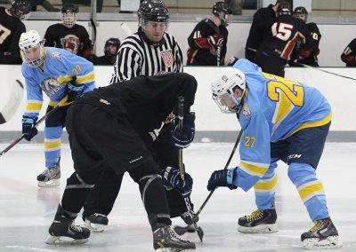 medaille-hockey-vs-st-john-fisher_31947833967_o