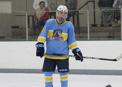 medaille-hockey-vs-st-john-fisher_31947914557_o