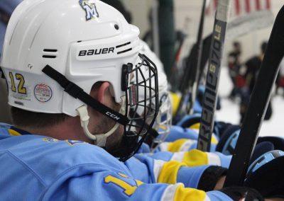 medaille-hockey-vs-st-john-fisher_46837383862_o